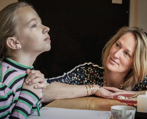 kindercoach meiden haarlem zelfbeeld angst faalangst emoties ontwikkelingsfase puber
